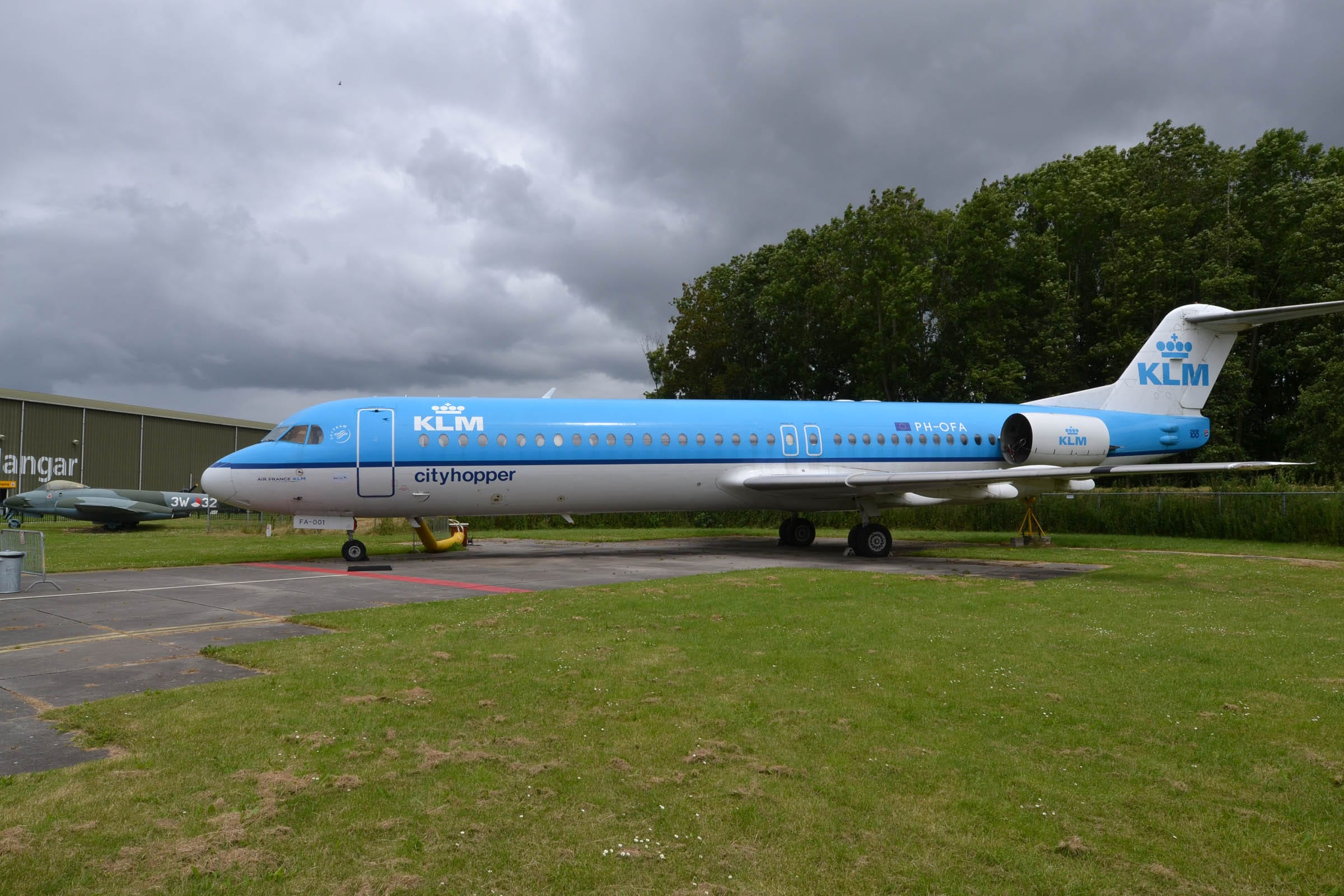 vliegtuig fokker 100 aviodrome lelystad airport