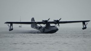 Catalia landing water2 - Aviodrome