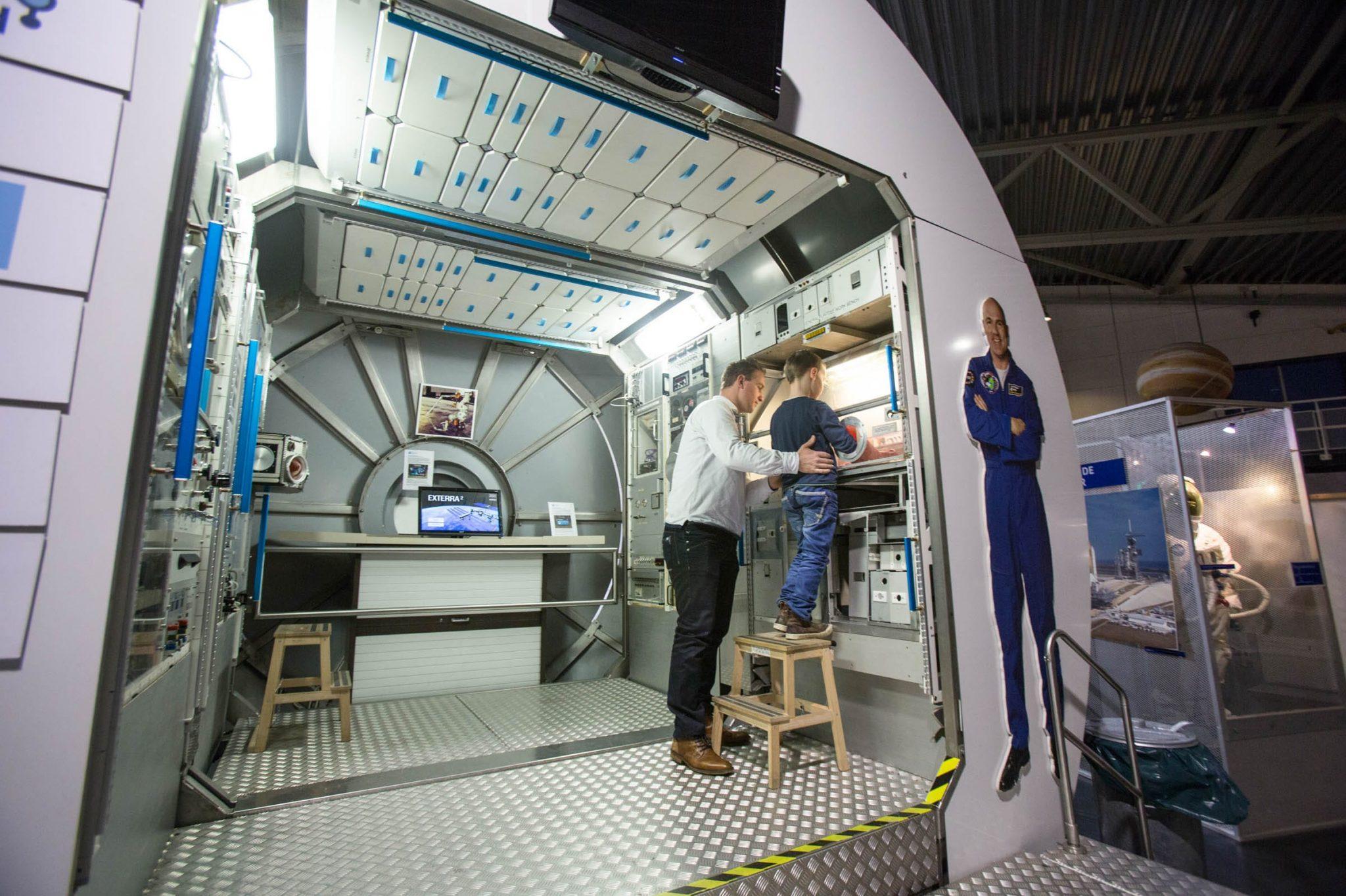 Kleurplaten Ruimtestation.Kennisweken In Samenwerking Met Nationaal Ruimtevaart Museum Aviodrome