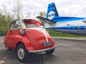 brute-kracht-auto-vliegtuig