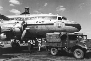 DC-4 archiefbeelden
